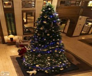 Puzle Árvore de Natal decorada com ornamentos brilhantes