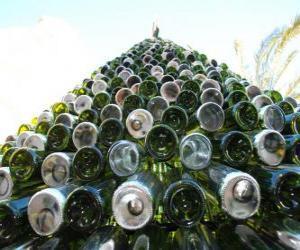 Puzle Árvore de Natal feita de garrafas recicladas 5.000