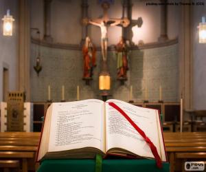 Puzle A Bíblia no púlpito