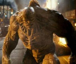 Puzle Abominável é inimigo do incrível Hulk