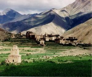 Puzle Aldeia ou povoado na paisagem, no Nepal
