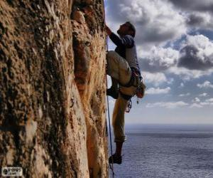 Puzle Alpinista escalando