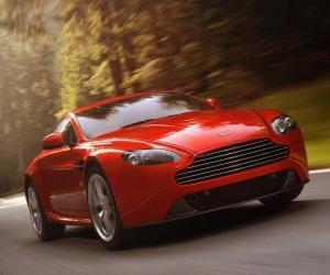 Puzle Aston Martin V8 Vantage 2012