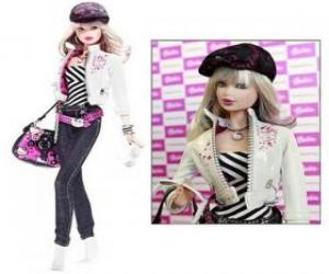 Puzle Barbie vestida de Hello Kitty