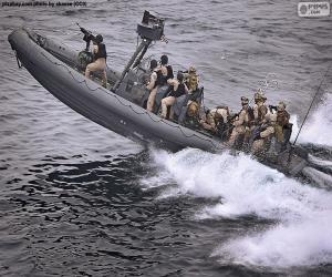 Puzle Barco inflável militar