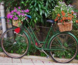 Puzle Bicicleta com cestas cheias de flores