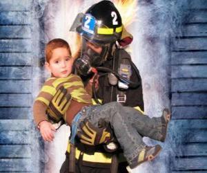 Puzle Bombeiro segurando um menino nos braços