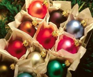 Puzle Caixa de bolas de Natal