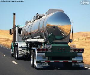 Puzle Caminhão tanque no caminho