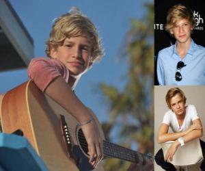 Puzle Cody Simpson é uma cantora pop australiana.