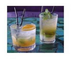Puzle Copo de limonada ou soda com limão pronto para beber