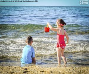 Puzle Crianças aproveitando a praia