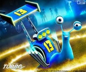 Puzle Derrape, o caracol de corrida com o número 13