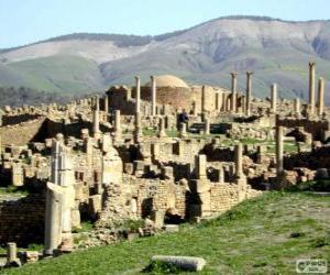 Puzle Djémila o maior número de ruínas romanas a Norte de África, Argélia