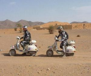 Puzle Dois aventureiros em uma motocicleta
