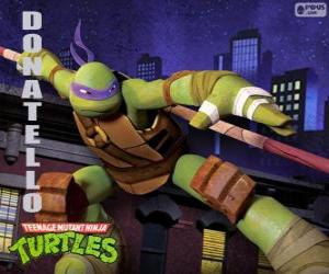 Puzle Donatello, a arma de tartaruga ninja disso é o comprido pau japonês Bo