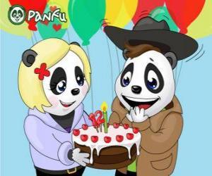 Puzle Ella leva um bolo para comemorar seu aniversário de Max