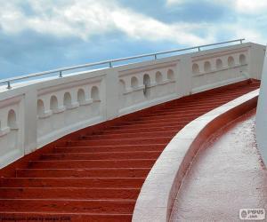 Puzle Escada vermelha
