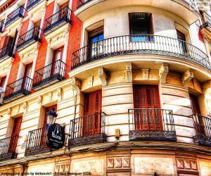 Puzle Fachada de edifício em Madrid