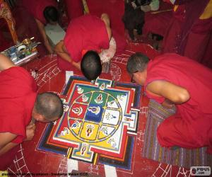Puzle Fazendo uma mandala de monges