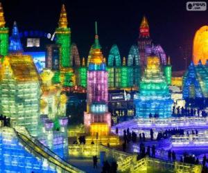 Puzle Festival de Esculturas no Gelo e na Neve de Harbin, na China