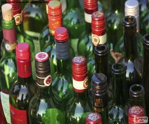 Puzle Garrafas de vinho vazias