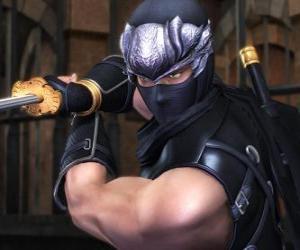 Puzle Guerreiro ninja com espada na mão