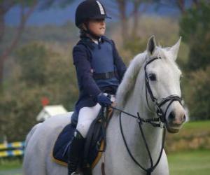 Puzle Jovem cavaleira montando, menina a cavalo