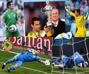 Puzle Justo Villar o melhor goleiro da Copa América 2011