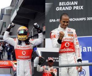 Puzle Lewis Hamilton comemora sua vitória em Spa-Francorchamps, na Bélgica Grand Prix 2010