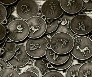 Puzle Medalhas com os signos do zodíaco chinês