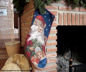 Puzle Meia de Natal pendurada na chaminé