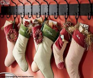 Puzle Meias penduradas com presentes de Natal