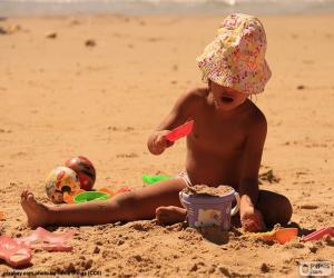 Puzle Menina brincando na praia