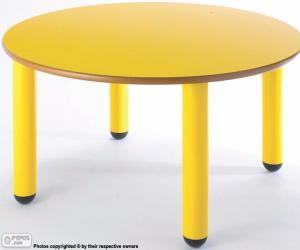 Puzle Mesa redonda e amarela