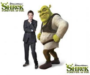 Puzle Mike Myers prevê a voz do Shrek no mais recente filme Shrek para Sempre