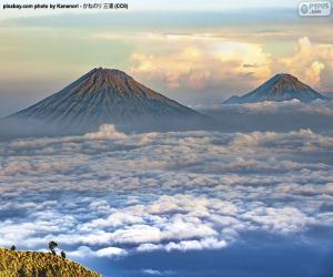 Puzle Montanhas Sindoro e Sumbing, Indonésia