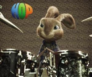 Puzle O coelho Hop com as baquetas para fazer música com a bateria