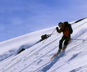 Puzle O esqui Telemark é uma técnica que nasceu em 1825, considerado o pai da moderna esqui