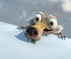 Puzle O esquilo Scrat, assustado