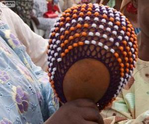 Puzle O Xequerê é um instrumento de percussão da África