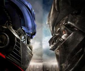 Puzle Optimus vs Megatron