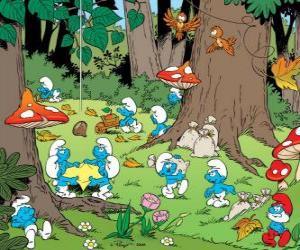 Puzle Os estrumpfes ou os Smurfs trabalhando na floresta, coleta de alimentos