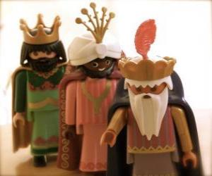 Puzle Os Três Reis Magos, Melquior, Baltasar e Gaspar, adorando ao menimo Jesus