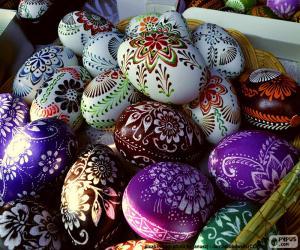 Puzle Ovos decorados com flores