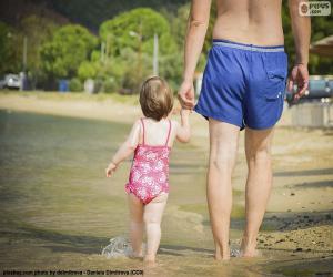 Puzle Pai e filha na praia