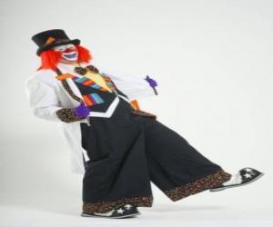 Puzle Palhaço em traje completo, com chapéu, peruca, luvas, gravata, grande calça e grandes sapatos