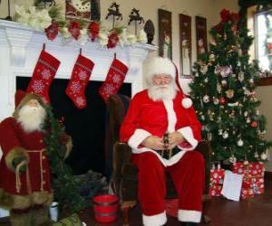 Puzle Papai Noel sentado em frente à lareira