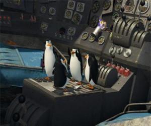 Puzle Penguins reparado um velho avião acidentado