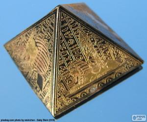 Puzle Pirâmide com base quadrada